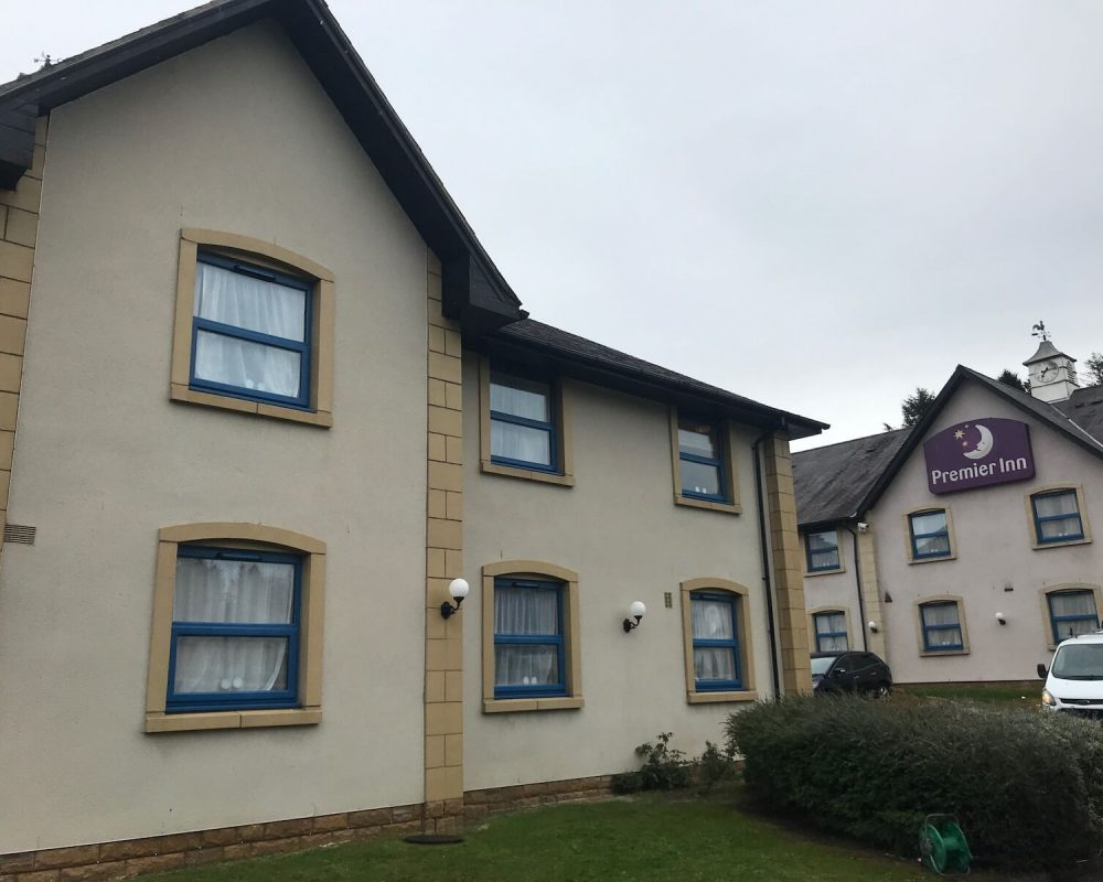 render-cleaning-premier-inn-after